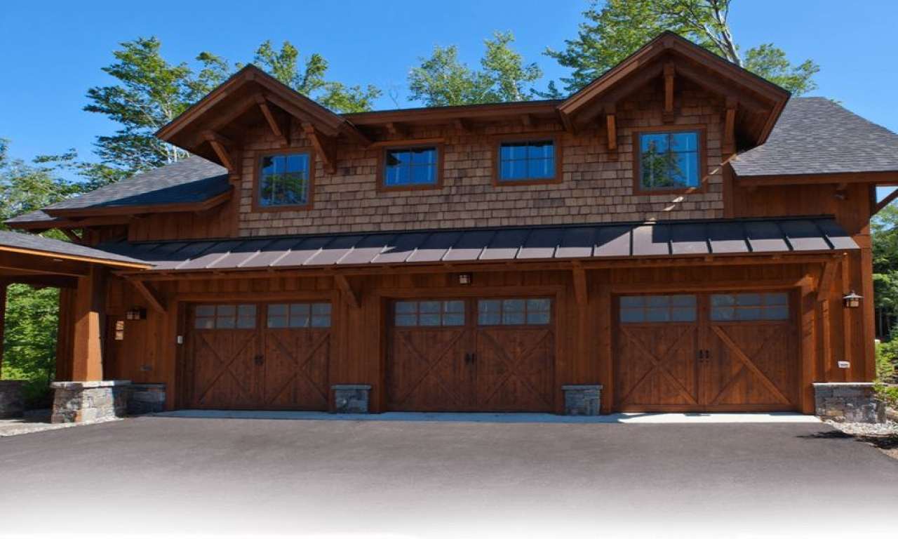 Log Cabin Garage With Living Space Above Log Cabin With