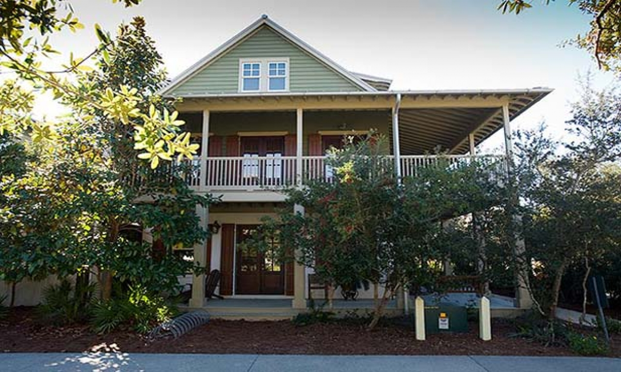 Rosemary beach beachfront rentals rosemary beach cottage for Oceanfront home plans