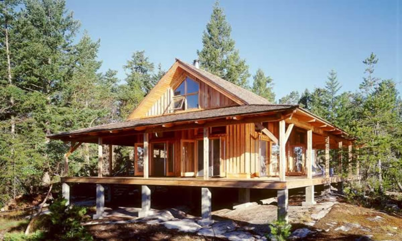 Small cabin plans and designs small cabin house plans with for Cabin plans with porch