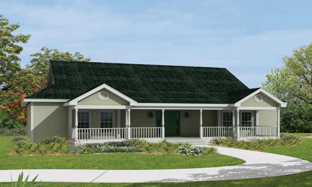 Ranch house plans with front porch ranch house plans with for Ranch style home blueprints