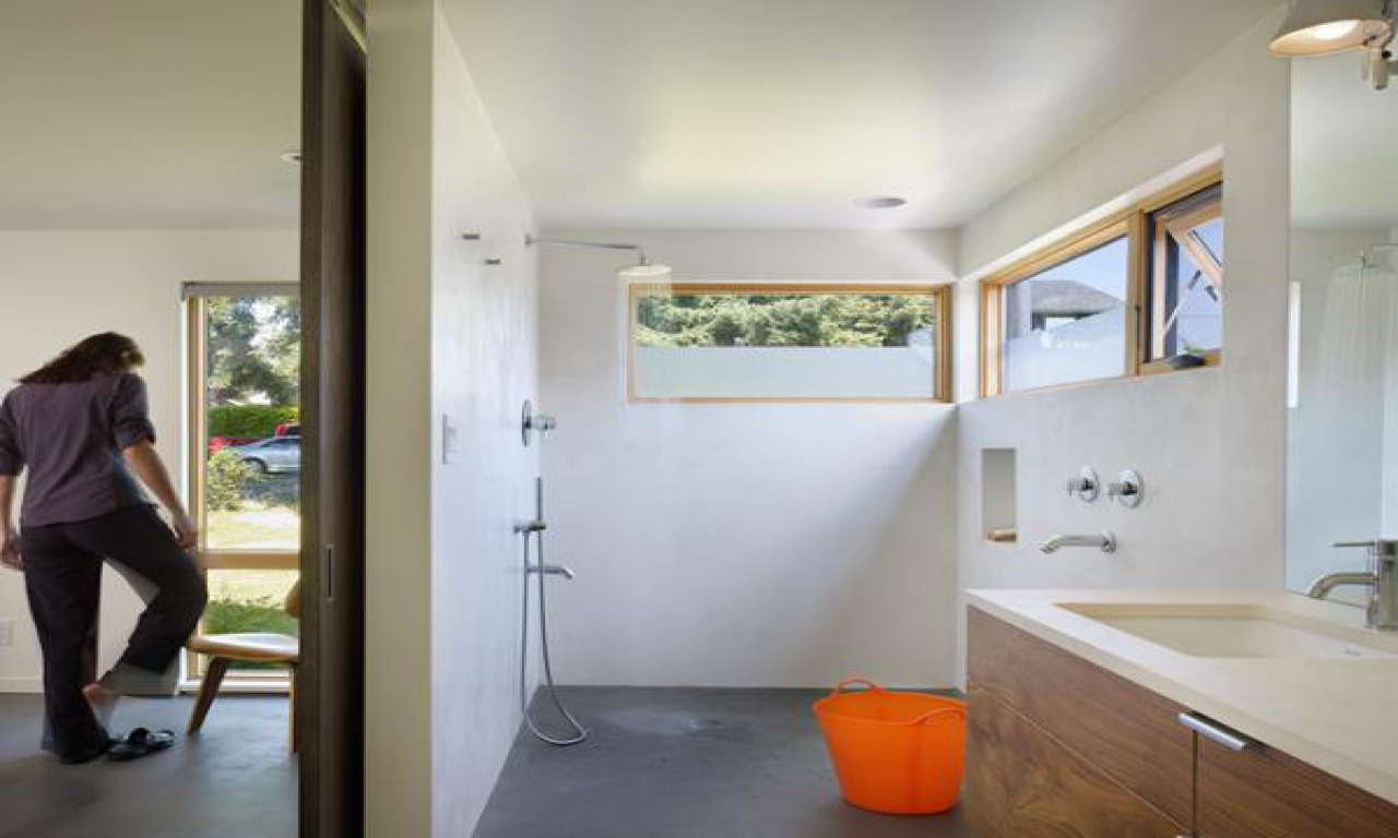 Small Bathroom Doorless Shower Design Ideas Open Showers For Small Bathrooms Waterfront House