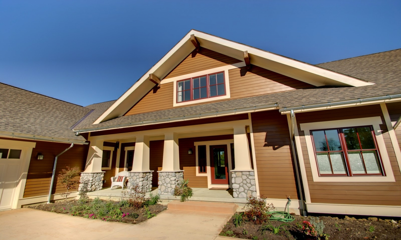 Custom craftsman style homes new craftsman style home for Craftsman builders