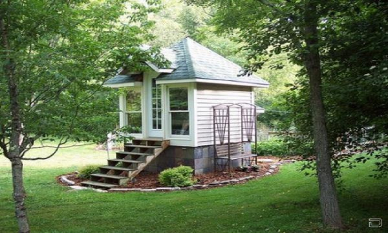 Tiny house design tiny romantic cottage house plan small for Tiny cottage house plans