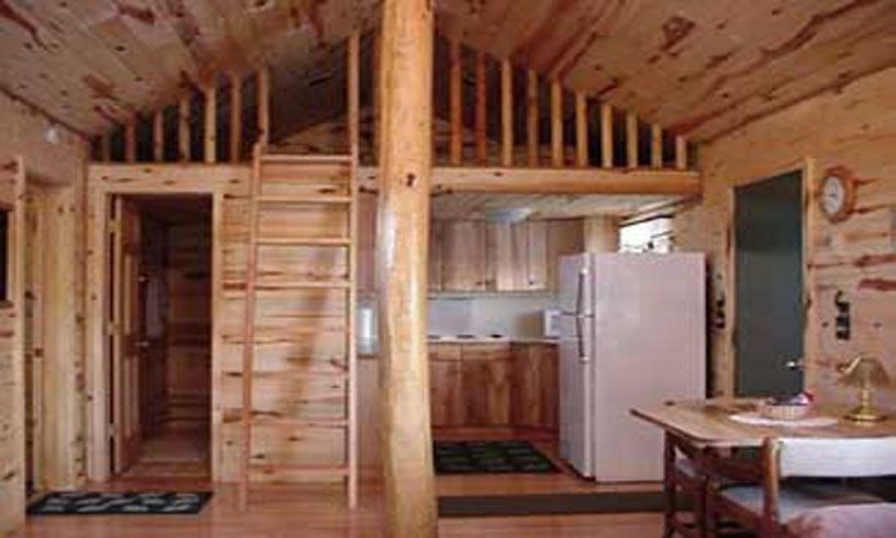 Small cabin with loft simple cabin plans with loft small for Cabin designs with loft