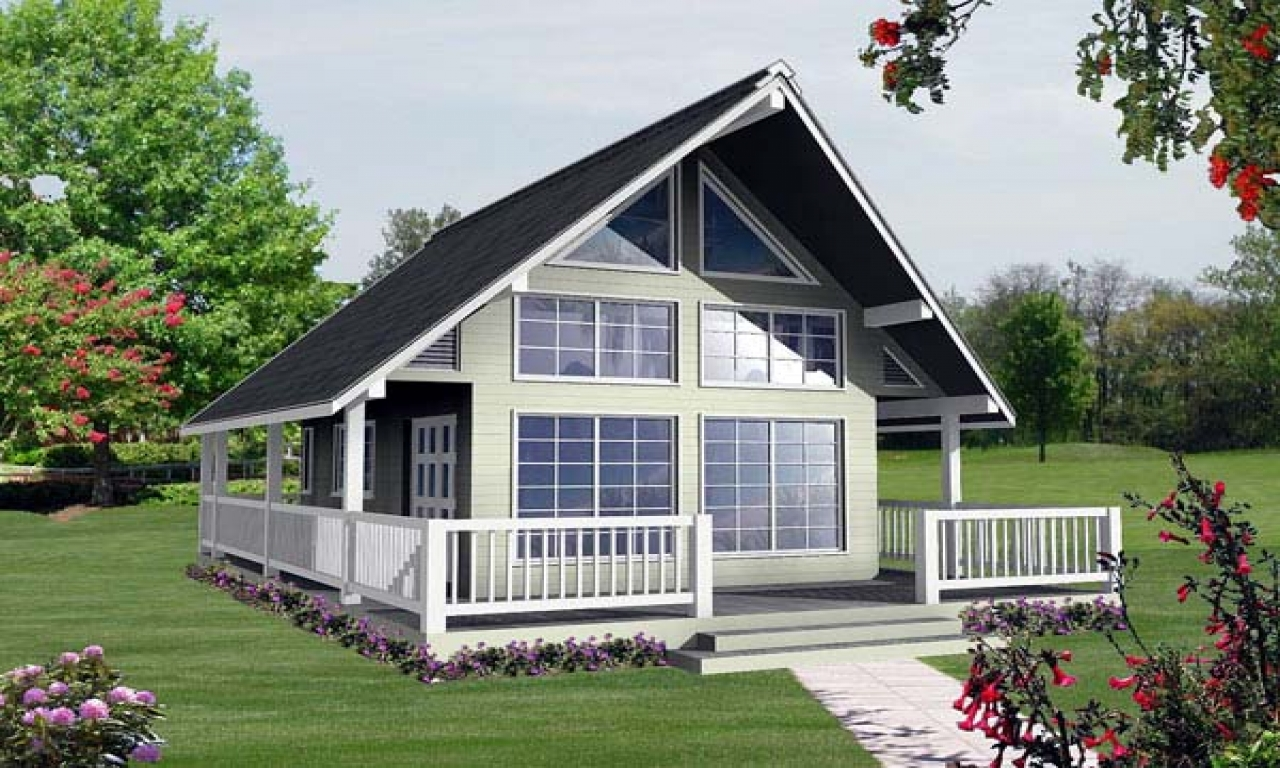 Small vacation house plans with loft small cottage house for Small vacation home kits