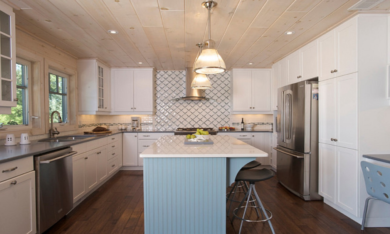 Small White Cottage Kitchens Small Cottage Kitchen Design