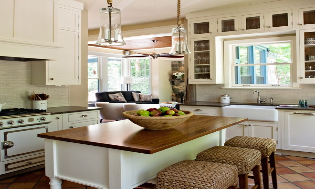 Cottage Style Kitchen Cottage Style Galley Kitchens