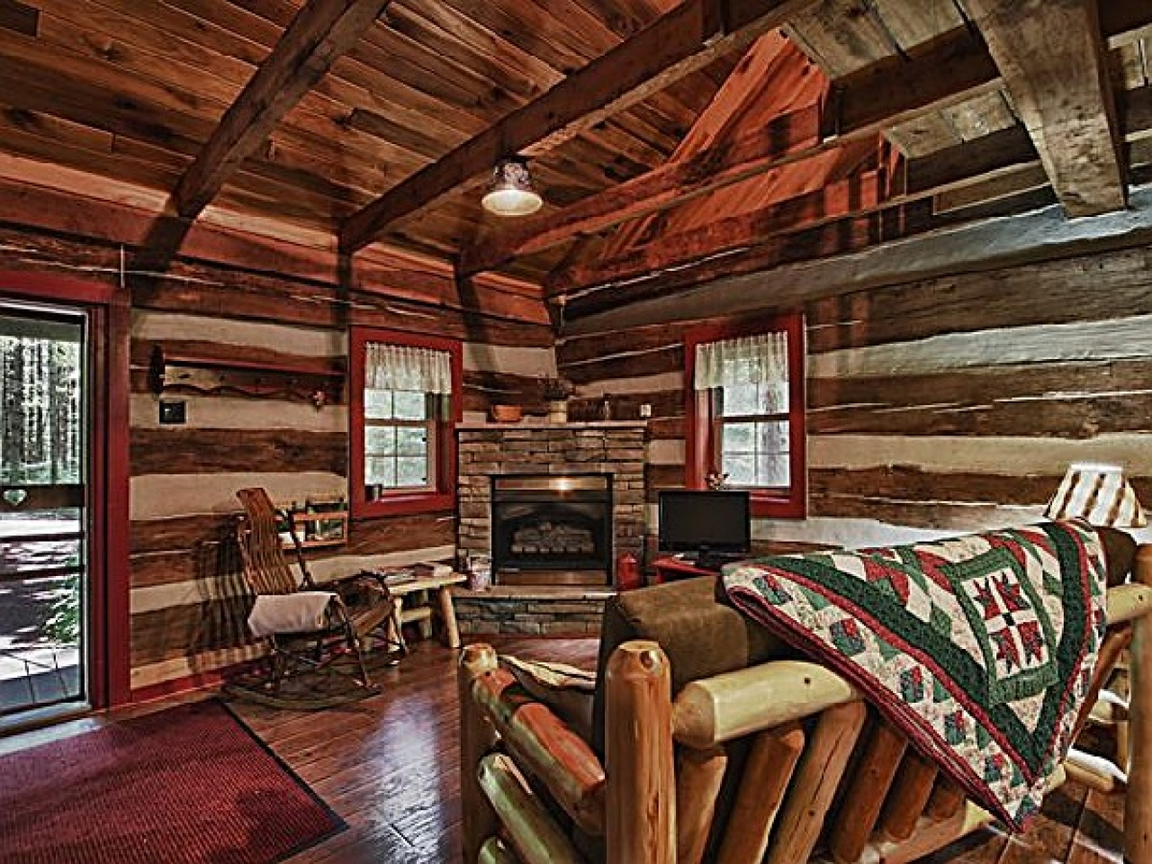 Log cabin log cabin in the woods 2 bed log cabins - The wood cabin on the rocks ...