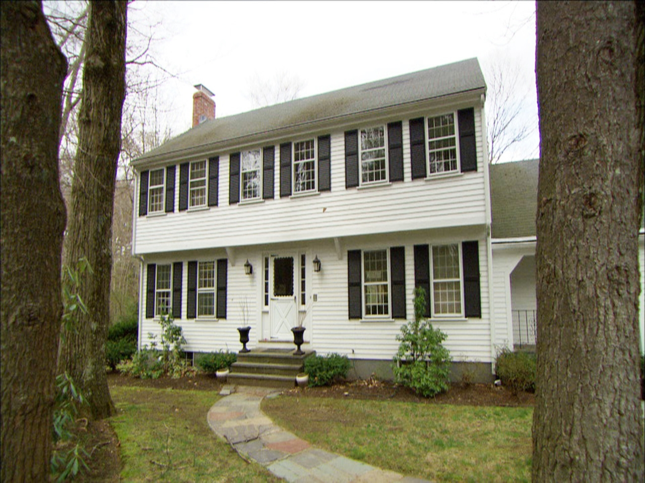This old house colonial lexington american colonial houses for Homes in colonial america