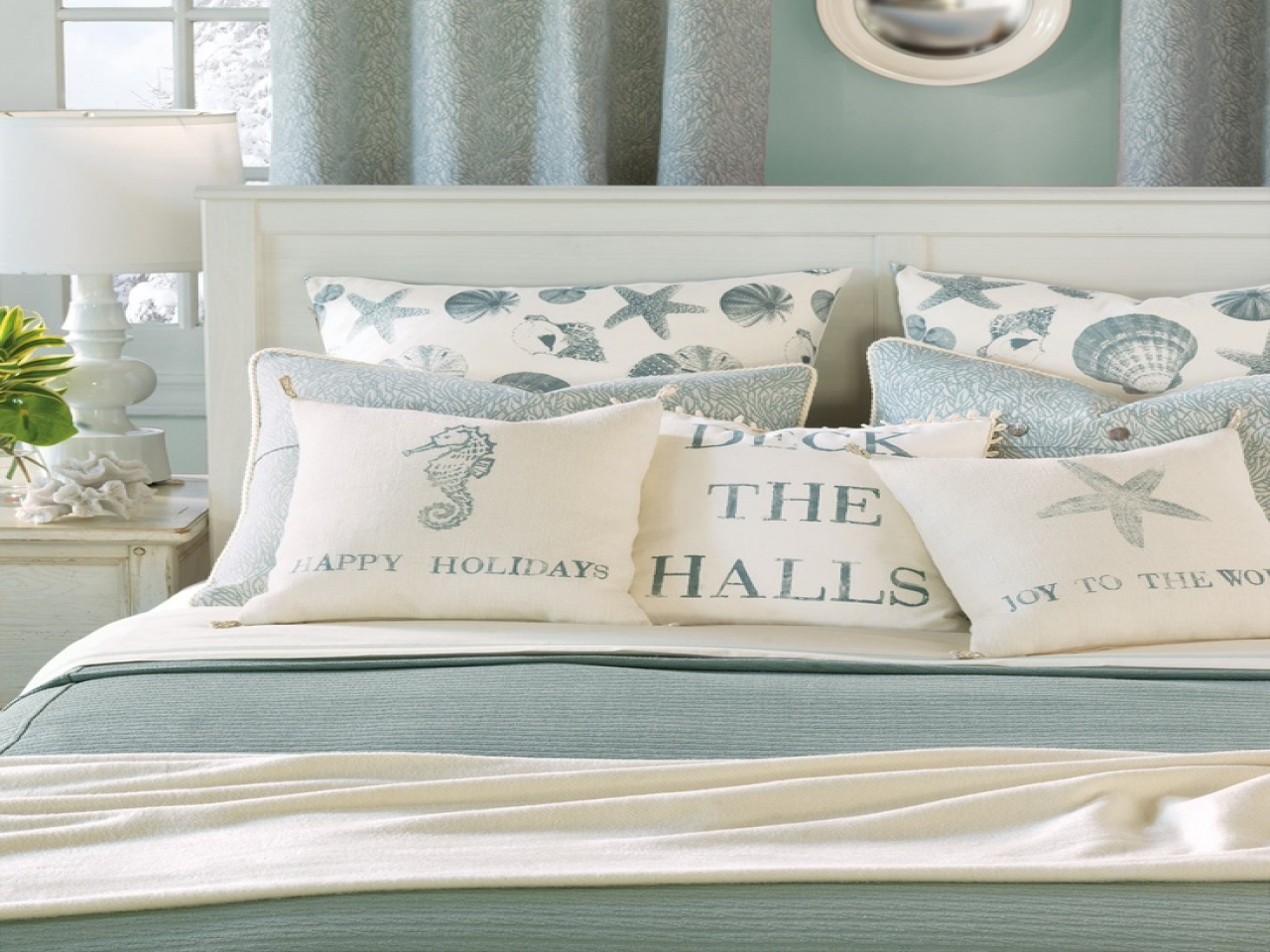 Beach themed bedrooms for teenagers beach inspired bedroom - Beach themed bedroom for teenager ...