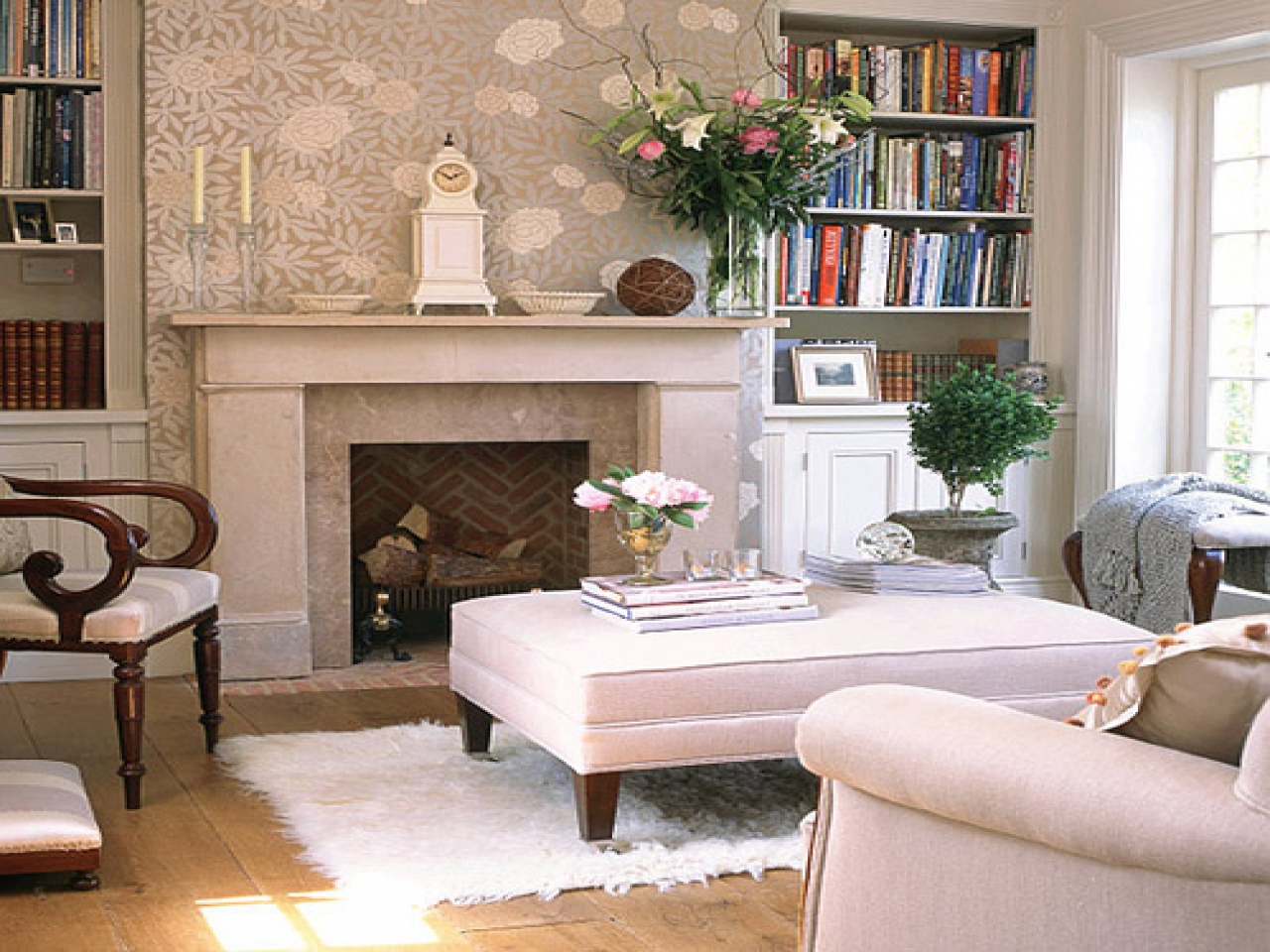 decorating a cottage living room with a fireplace cottage
