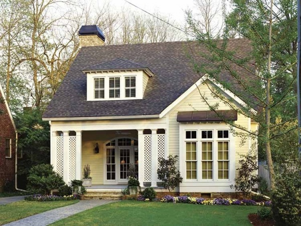 Small cottage house plans small country house plans small for Tiny cottage house plans