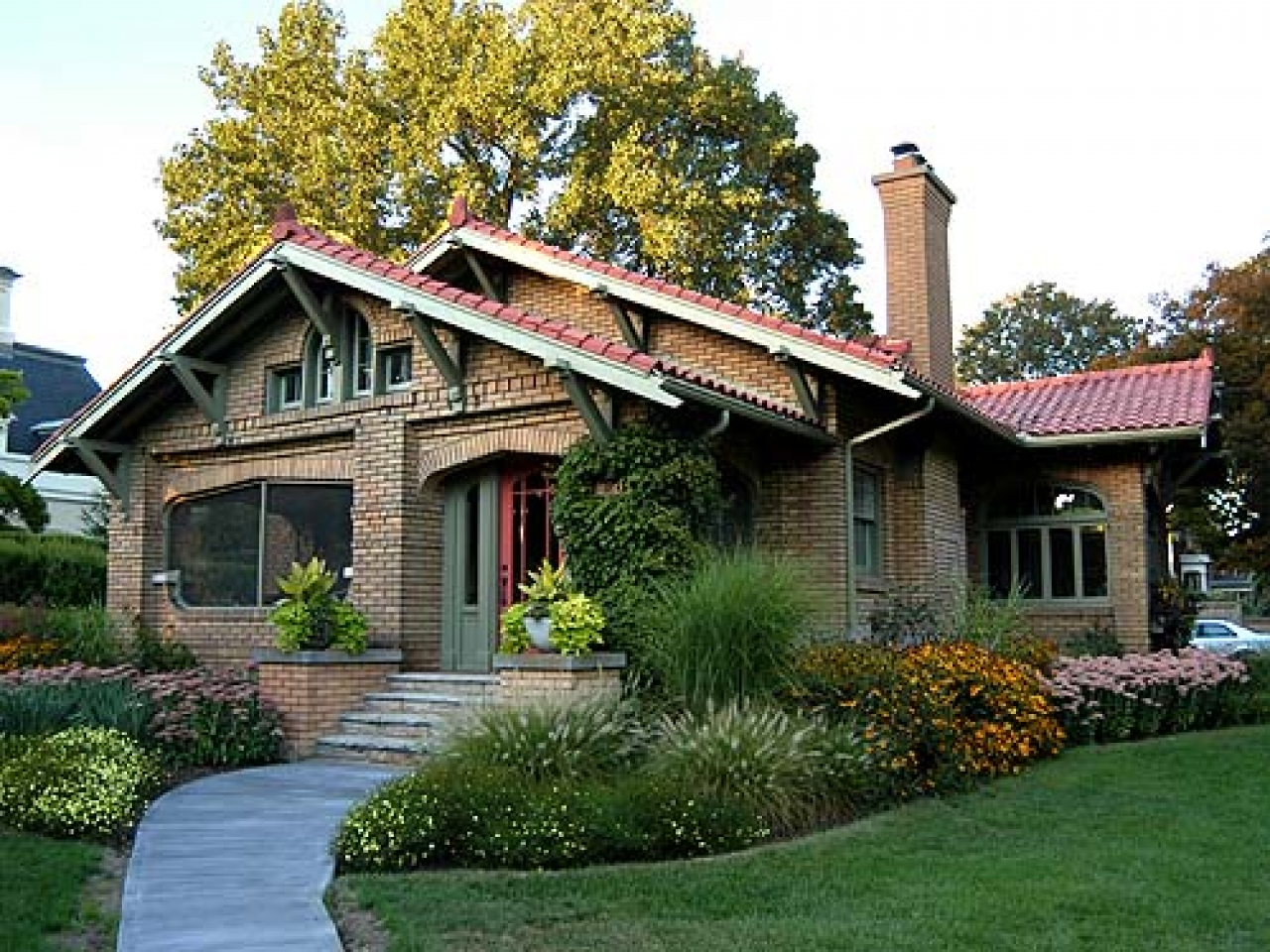 Brick craftsman bungalow style homes brick craftsman for Craftsman style home builders