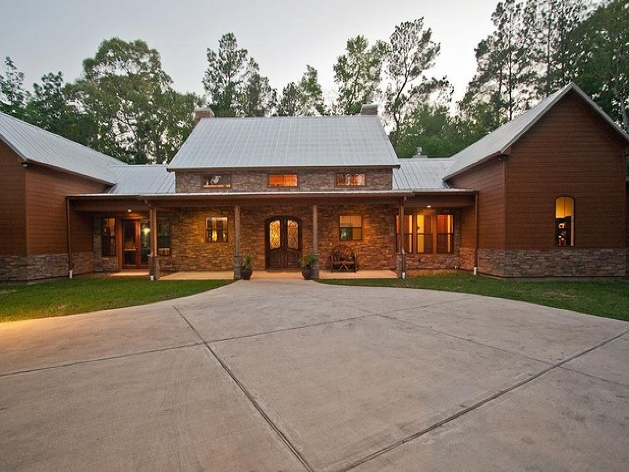 Modern ranch style homes