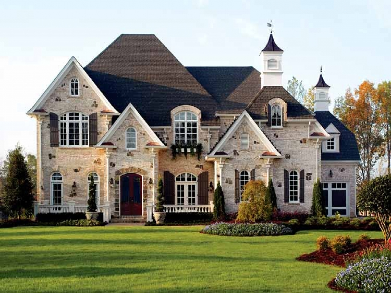 New house large american style new american style house for New england country homes floor plans