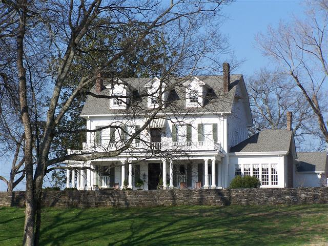 Dutch colonial homes for sale cape cod house colonial for Colonial cape
