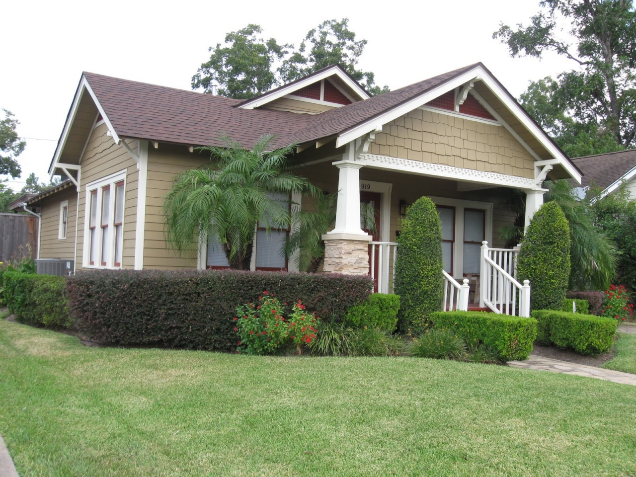 Bungalow style architecture american bungalow style homes - What is a bungalow style house ...