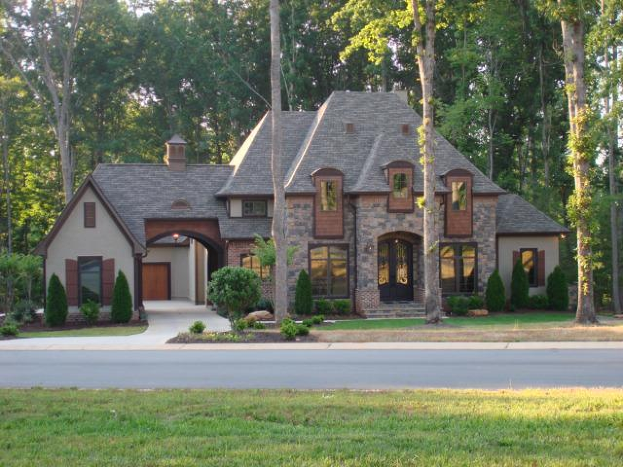 House plans old world french old world french country home for French country ranch house plans