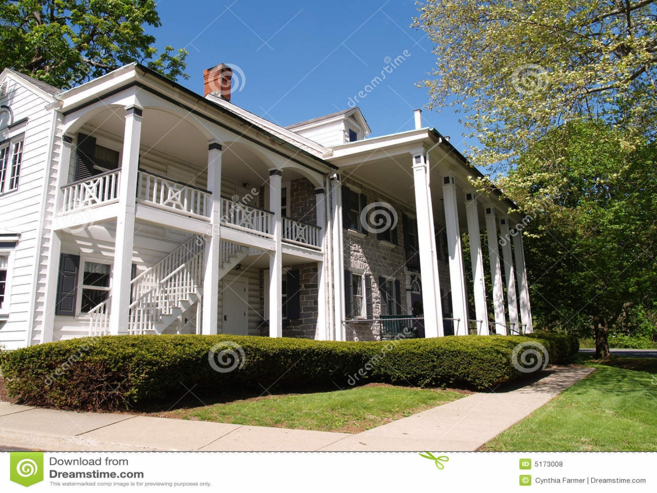 Large front porch large home with front porch with columns for Big front porch house plans