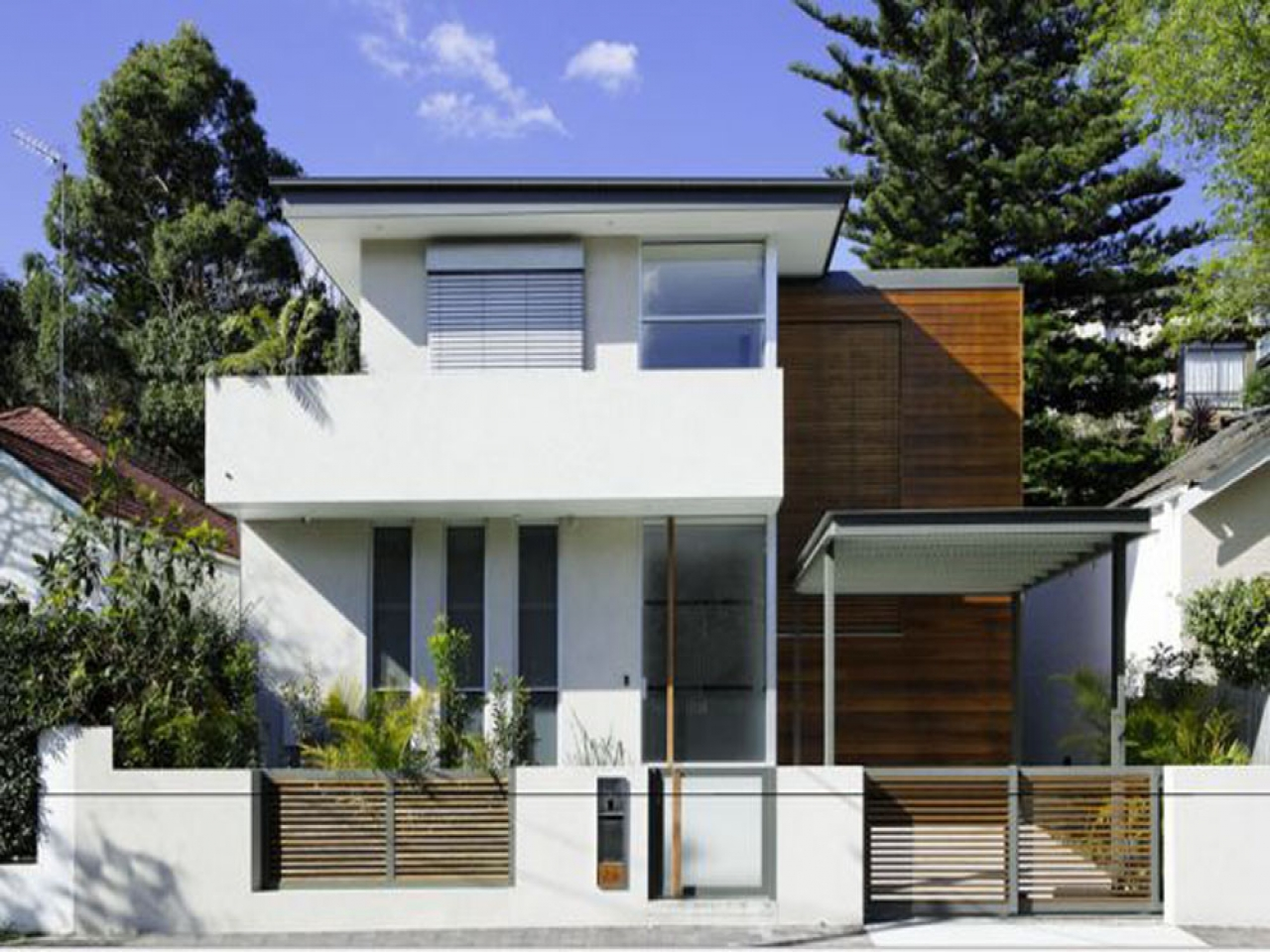 Small modern contemporary house design small modern for Modern homes designs trinidad