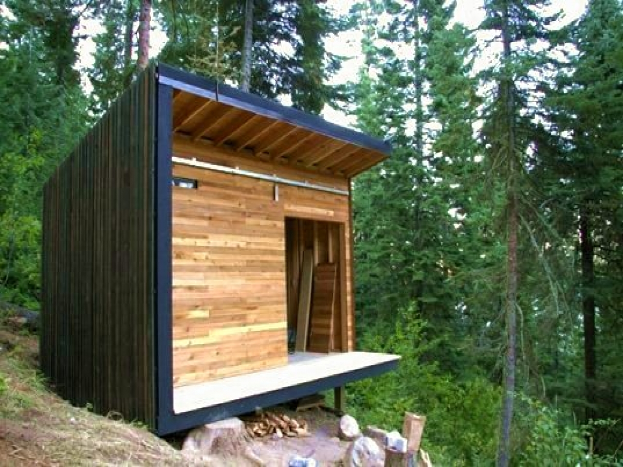 Small shed cabins inexpensive small cabin plans micro for Inexpensive cabin plans