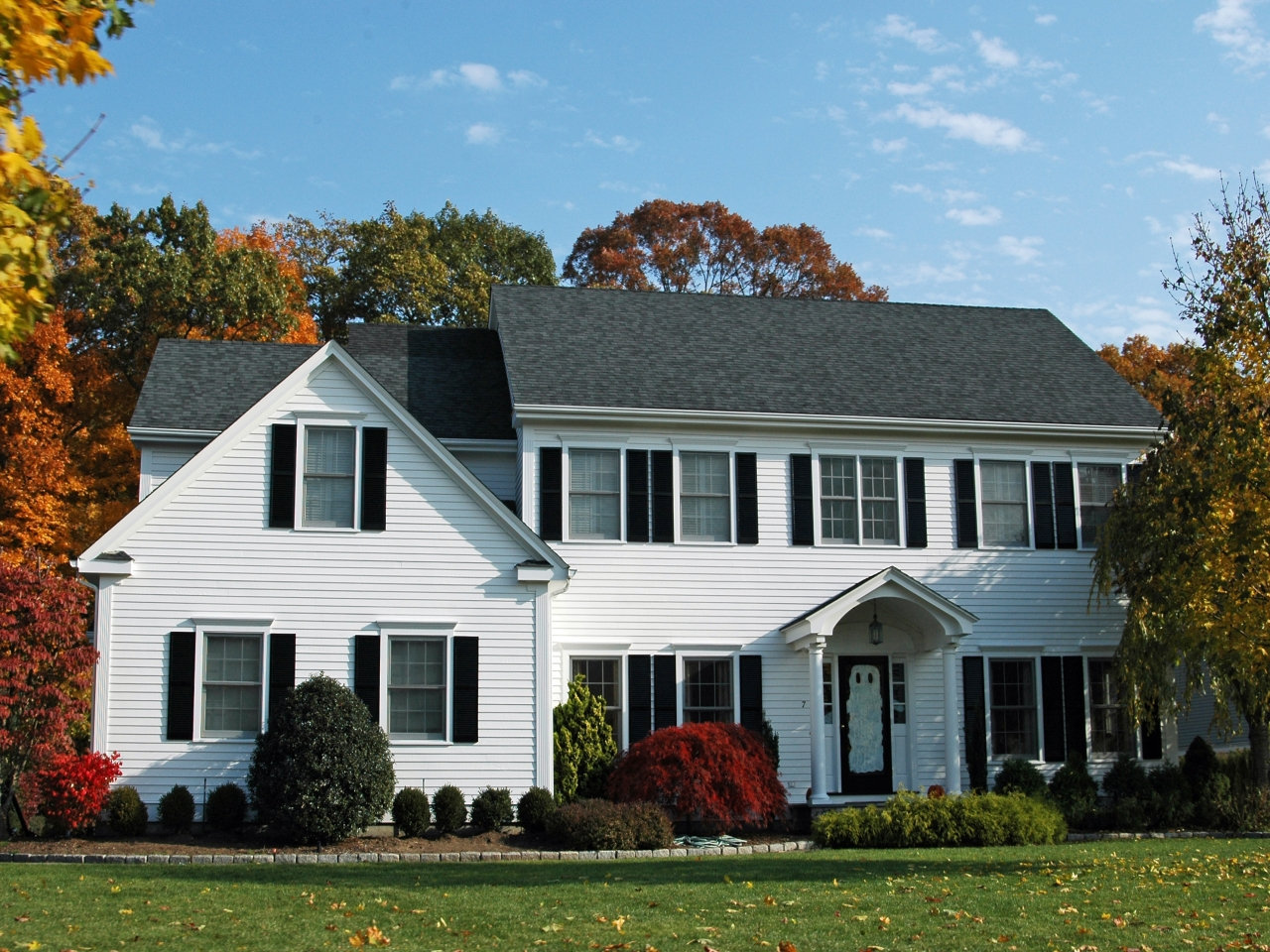 White Colonial House Traditional Colonial House Colors