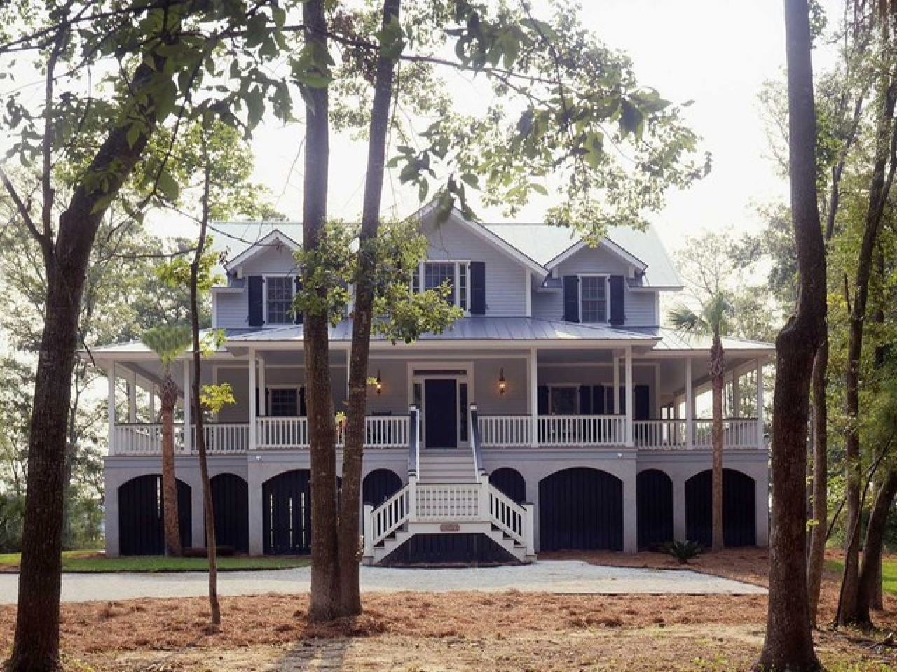 Southern colonial style home old southern colonial homes for Southern style ranch home plans