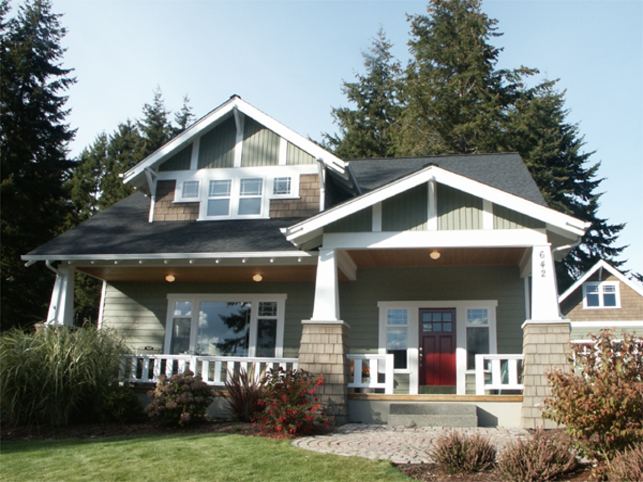 Craftsman style bungalow house plans 1930 craftsman for Craftsman style flooring