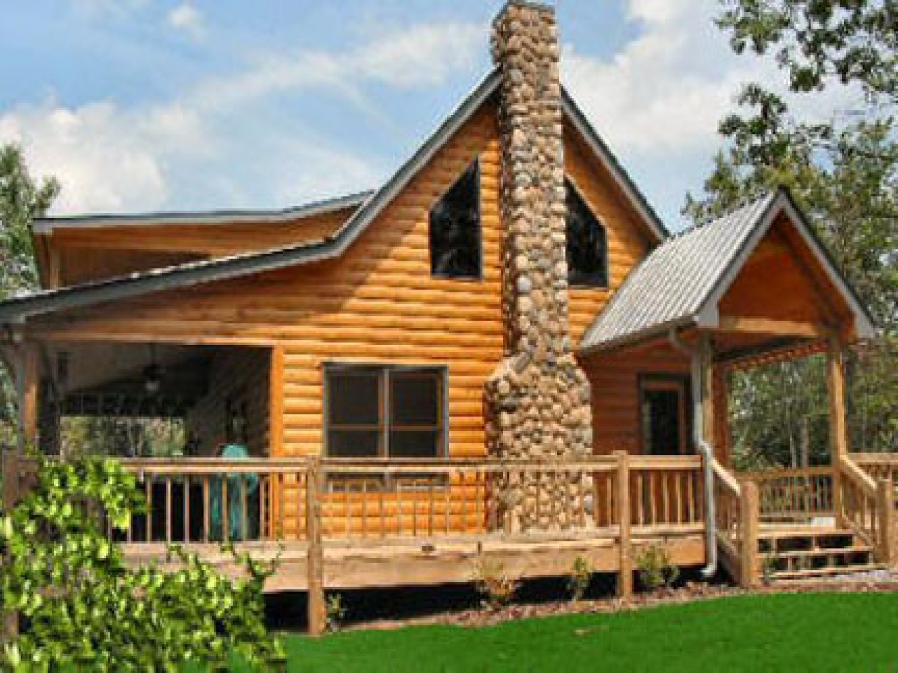 Cabin floor plans with loft simple cabin with loft designs for Simple cabin designs with loft