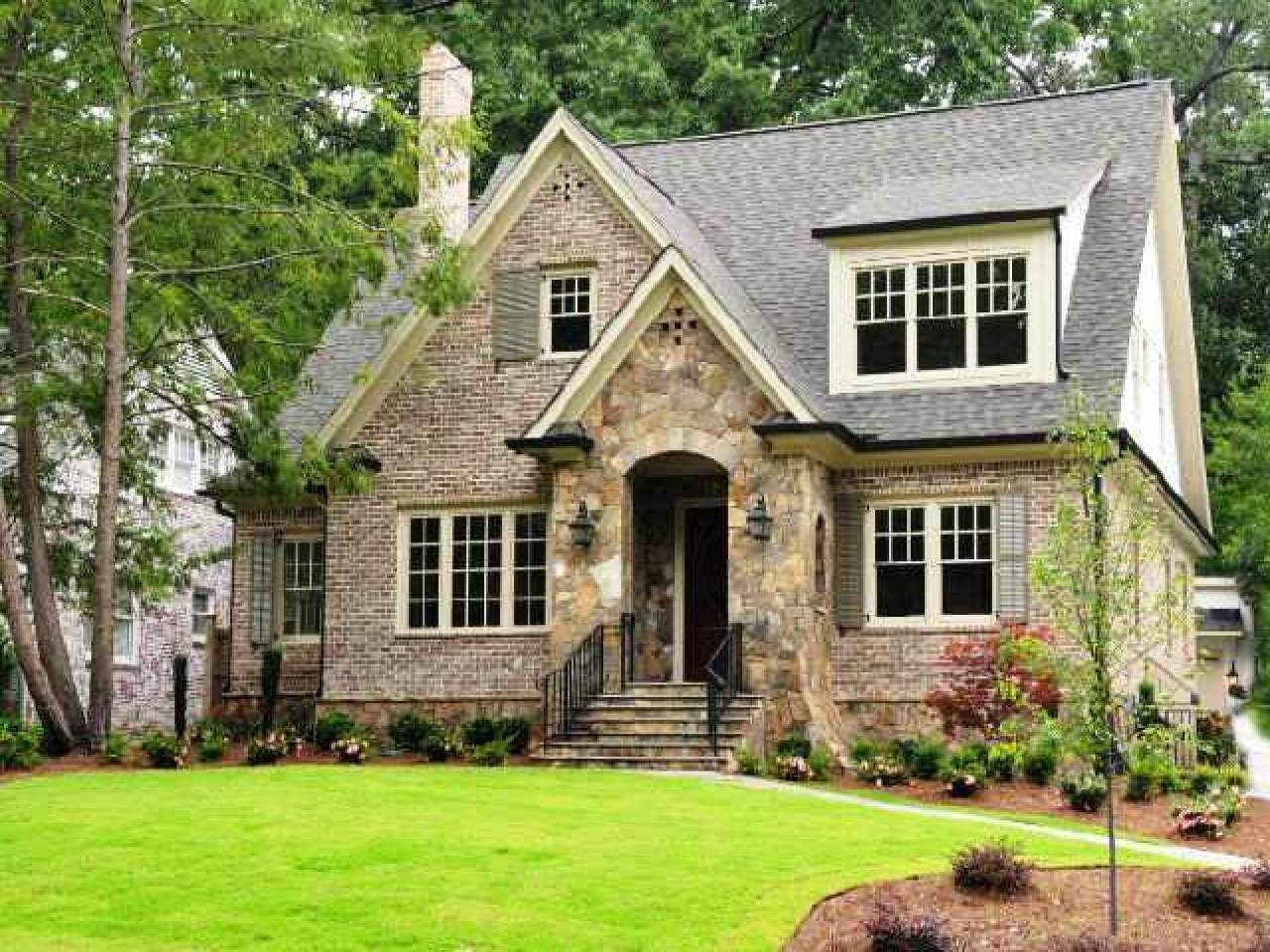 Small Brick Cottage Style Homes Cottage Style Homes Brick