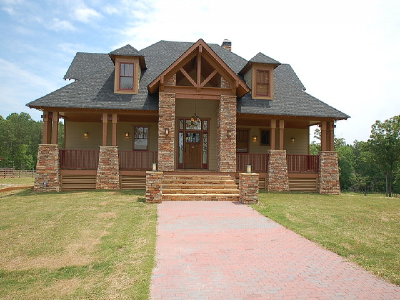 Craftsman style house exterior craftsman style bungalow for New construction craftsman homes
