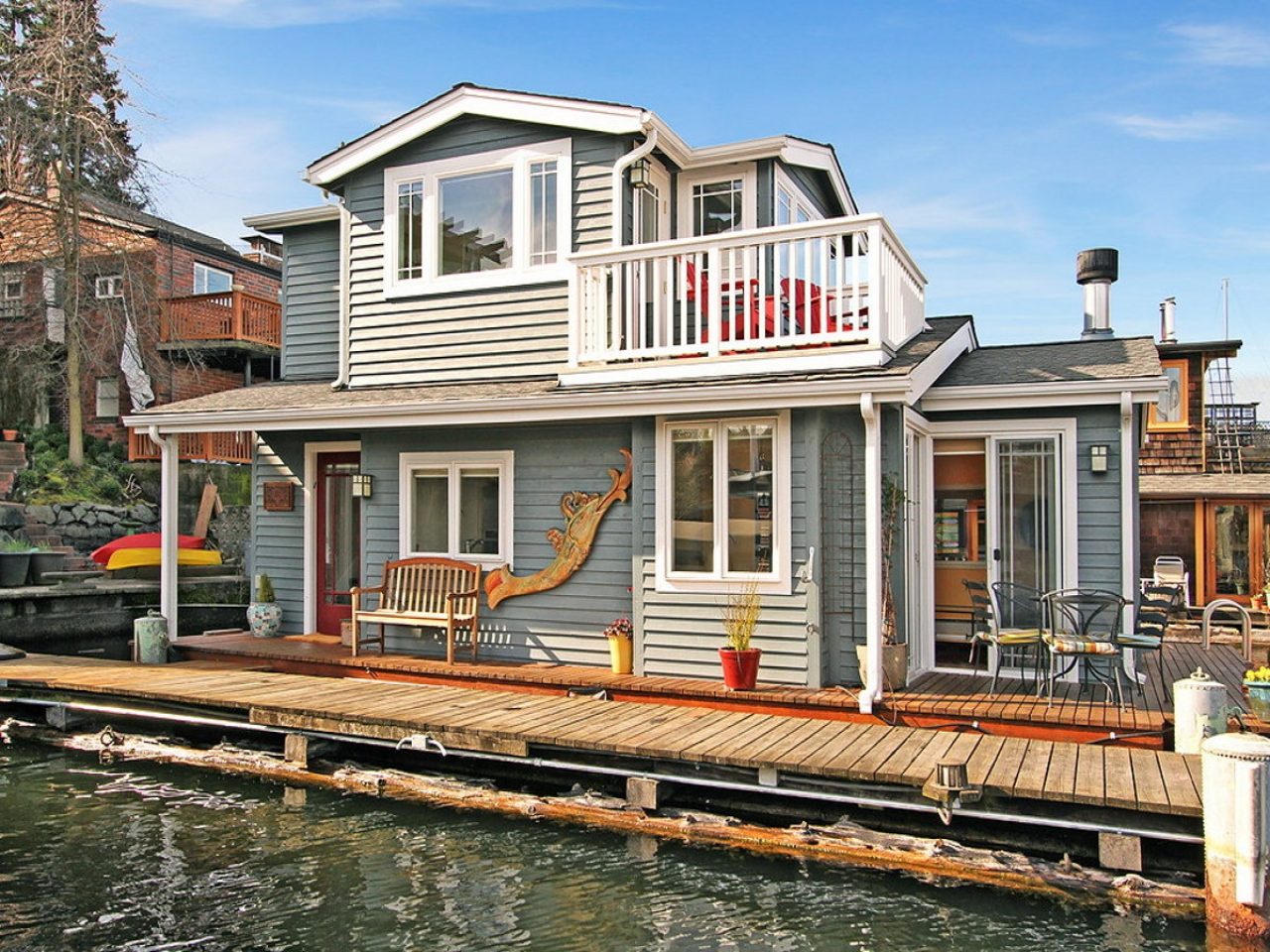 Craftsman style portage bay float house small house bliss for Small house bliss