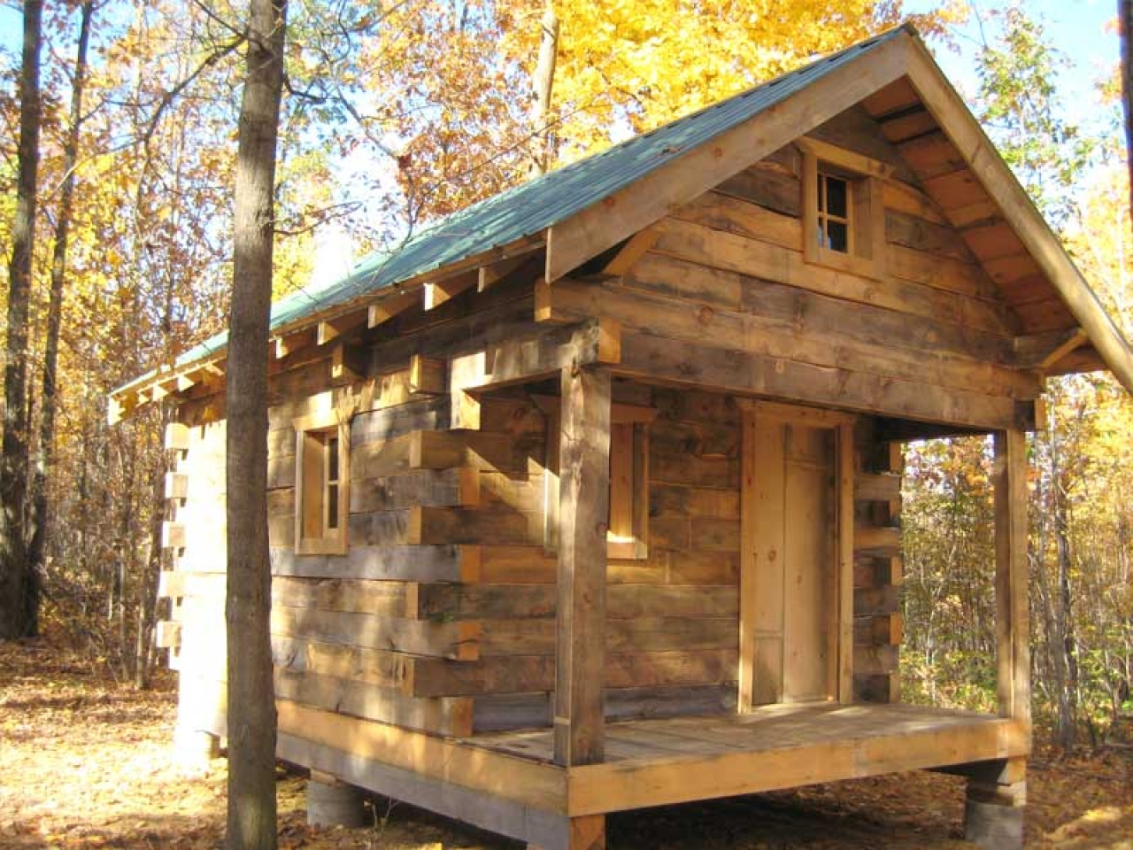 Small rustics log cabins plan simple log cabins very for Very small cabins