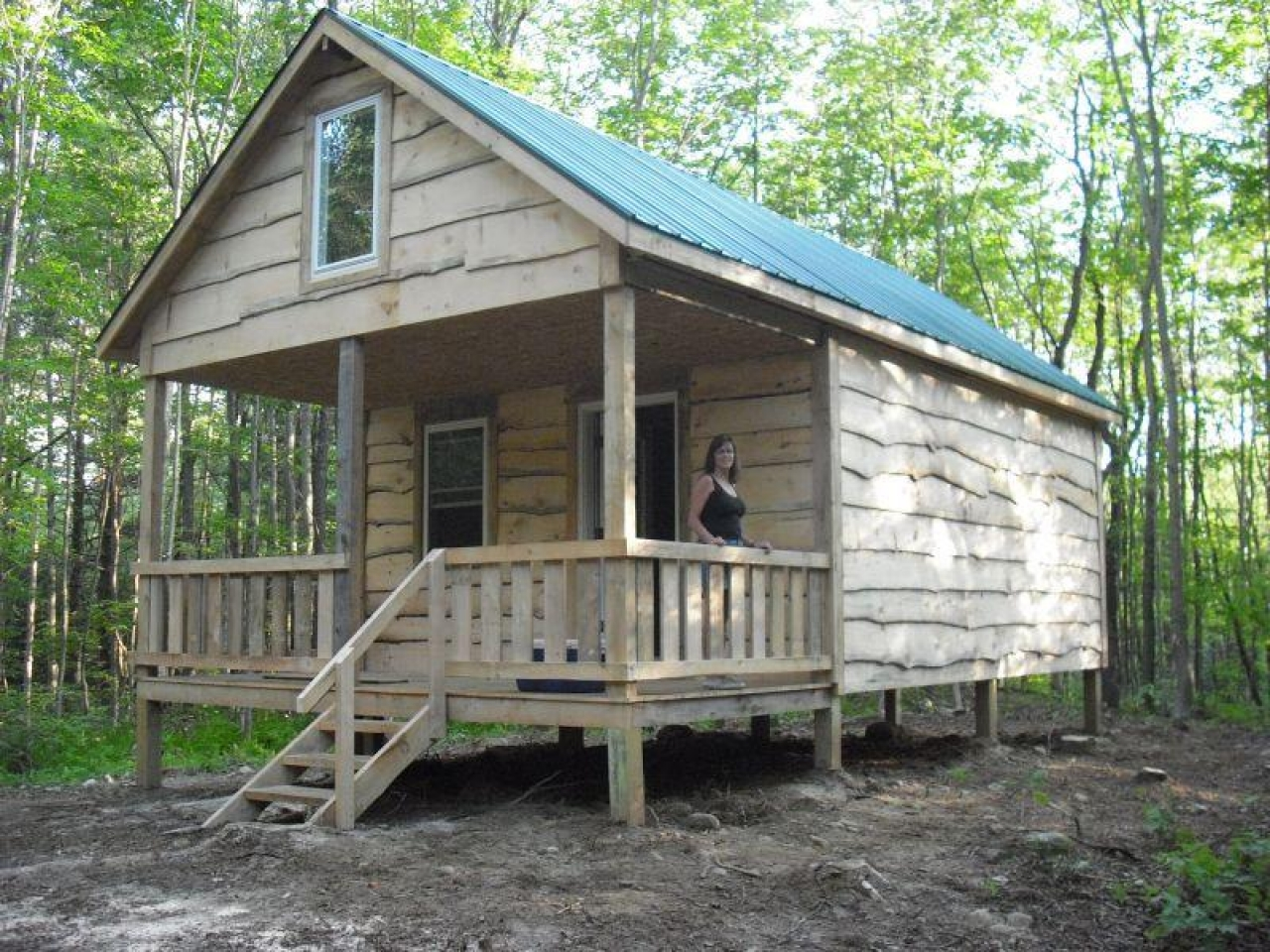 How to build small log cabin how to build a house in Small camp