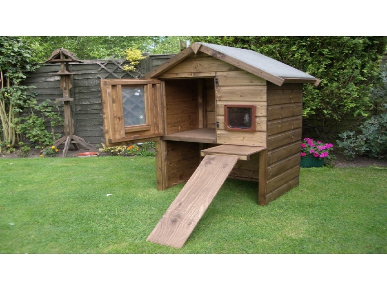 FirstWell Cat Trees offers Multiple Platforms for Your Cats Our Brand