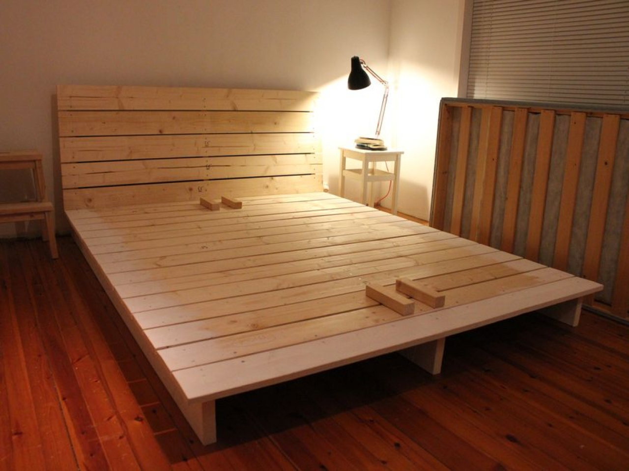 Do It Yourself Building Plans: Platform Bed Do It Yourself DIY Platform Bed, Do It