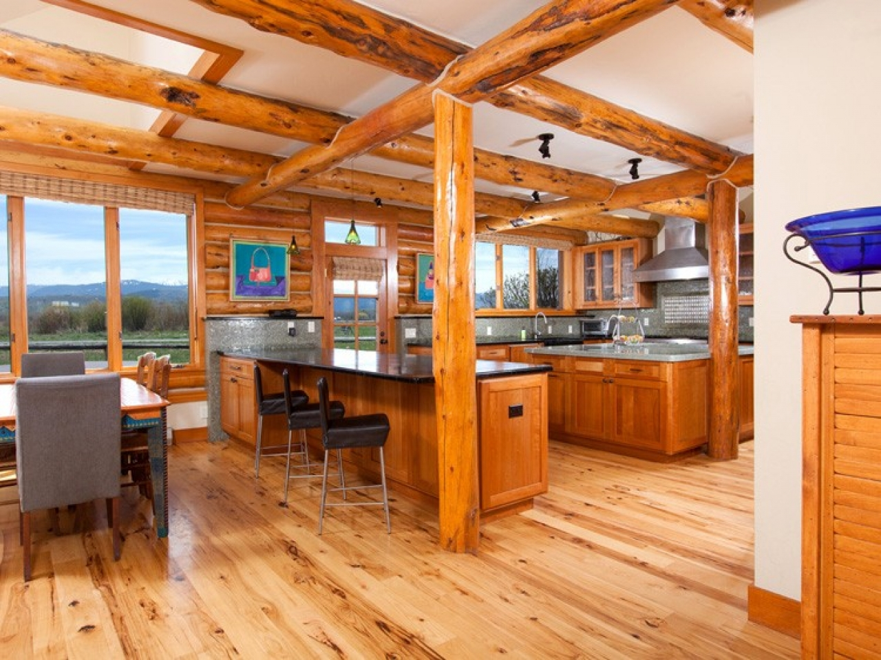 Log cabin open floor plans affordable log cabins log for Open floor plan cabin
