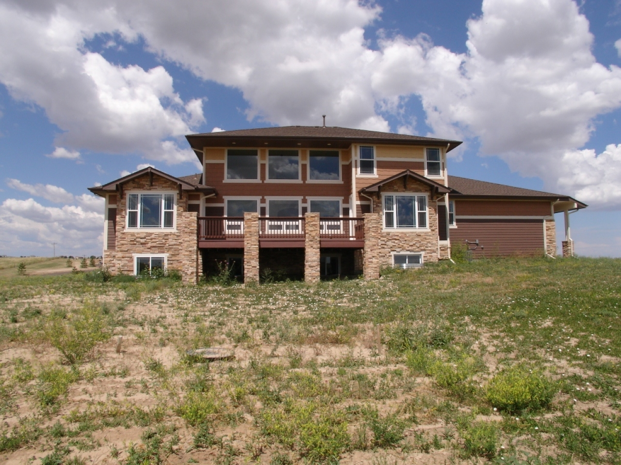 Craftsman custom home builders custom craftsman style for Unique craftsman style homes