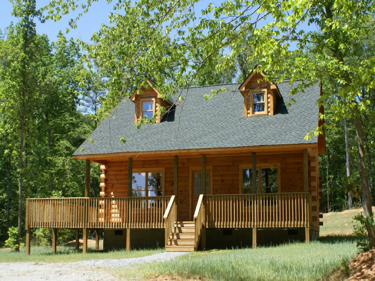 Small log cabin small log cabin kits log cabins pictures for Small log cabin pictures