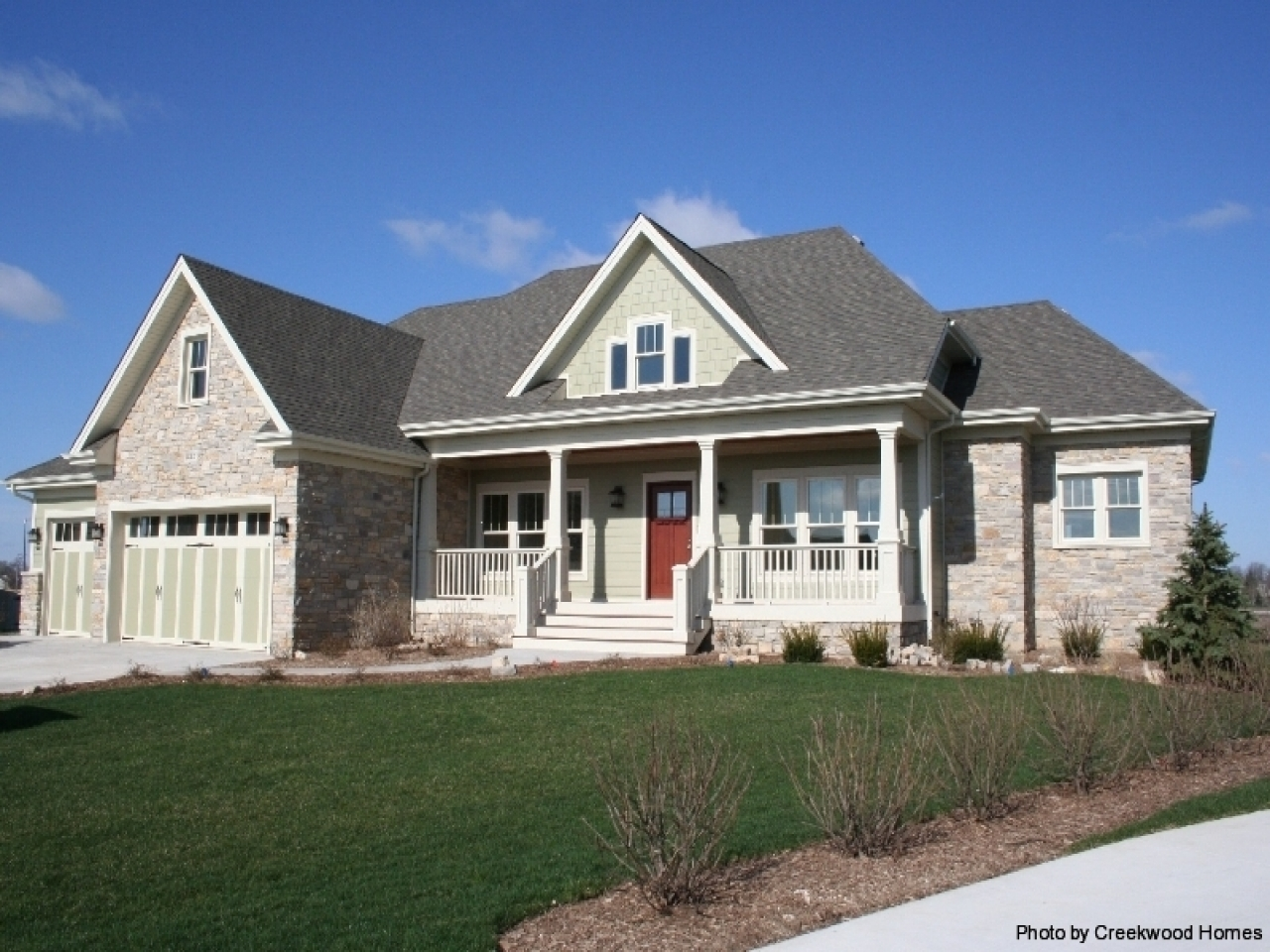 Craftsman style homes craftsman style ranch craftsman for Craftsman style ranch