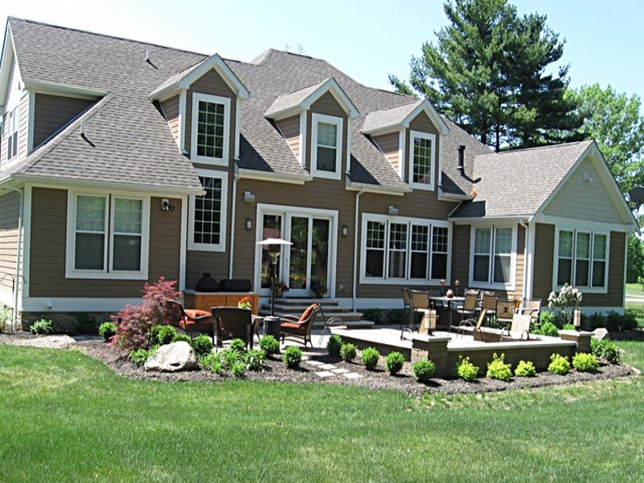 Modern Craftsman Style Home Exterior Single Story