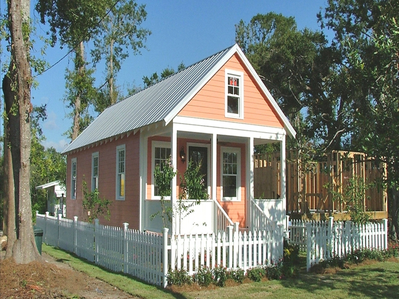Southern house plans small cottage small cottage house for Beach style kit homes