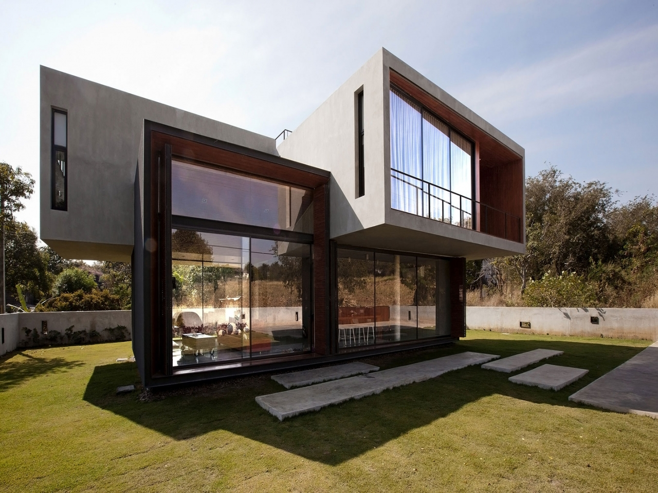 Beautiful modern house design small house design classic for Classic modern homes
