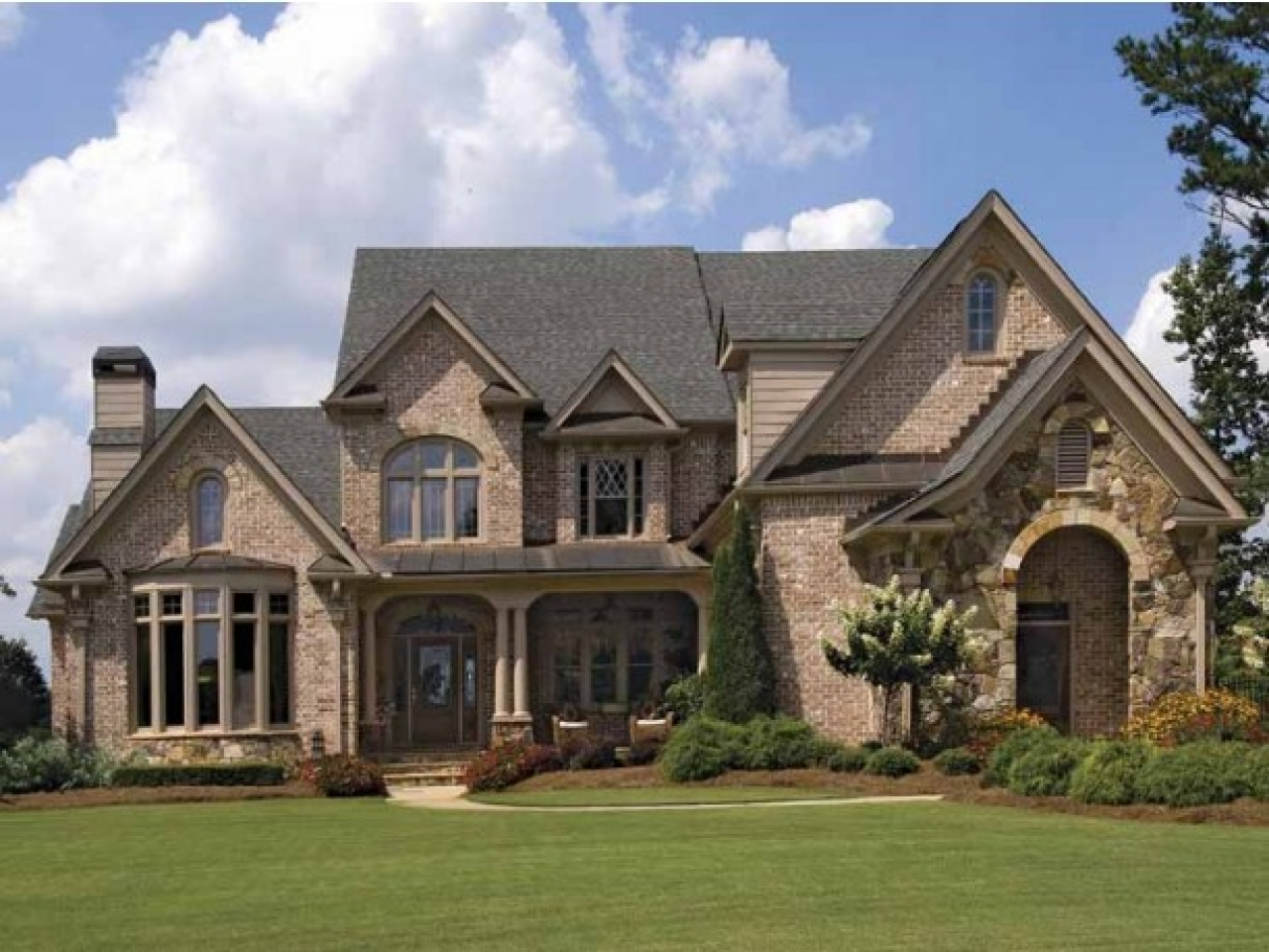 Brick french country house plans french country homes for French country house floor plans