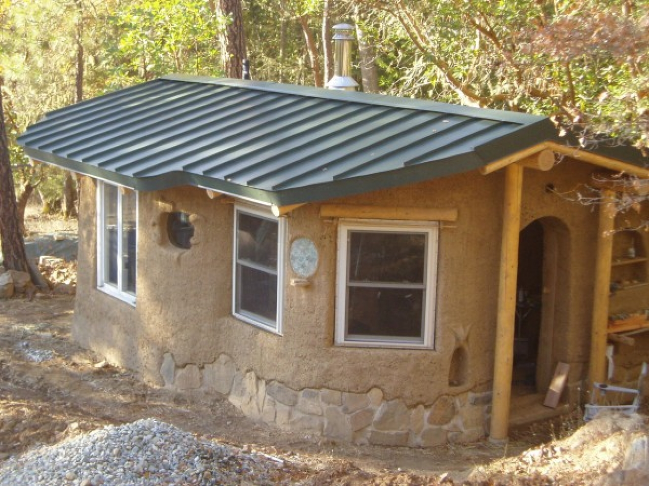 Tiny Home Designs: Cob Hobbit House Tiny Cob House, Tiny Cottages To Build