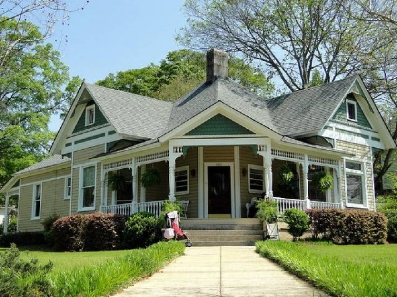 White Cottage Style Homes Cottage Style Homes Exteriors