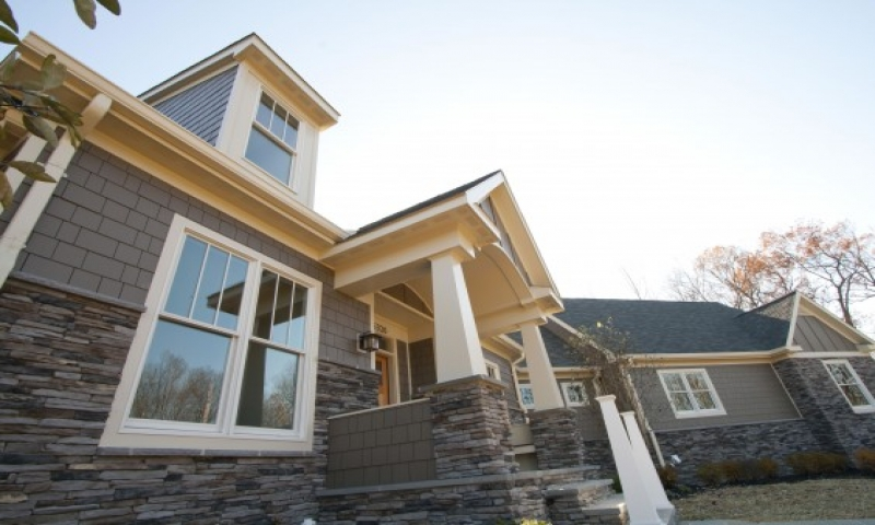 Craftsman style home portico driveway portico designs for Ranch style homes in maryland